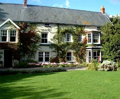 Allenbrook 4-star country house Bed & Breakfast accommodation in Dale near Haverfordwest, Pembrokeshire